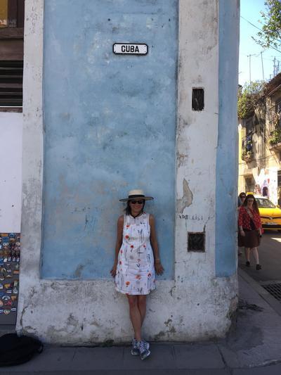 Nina Burleigh in Havana 2017.jpg